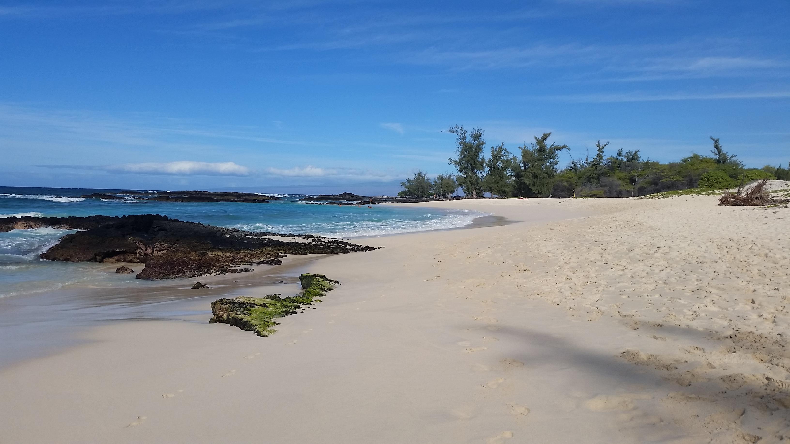 makalawena-beach