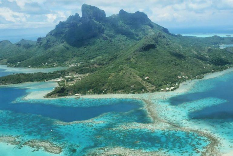 Bora Bora alebo nebo na Zemi skutočne existuje
