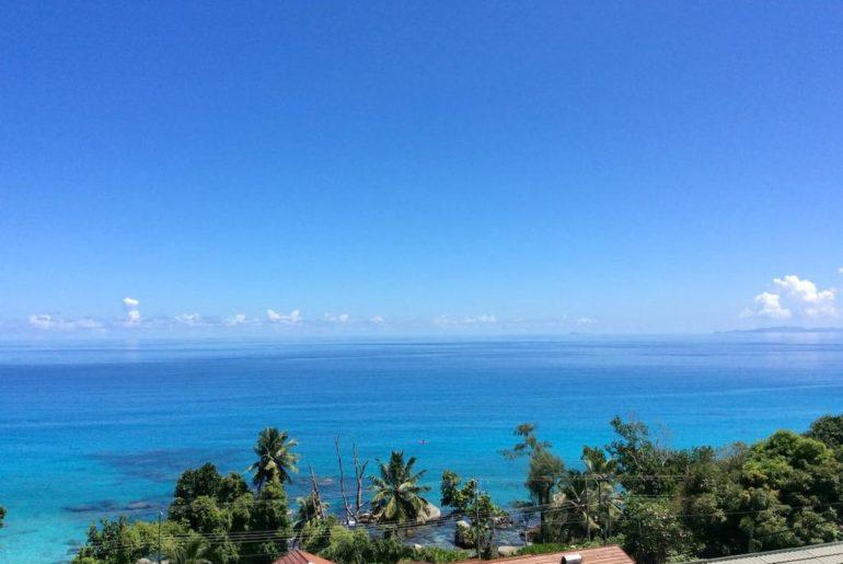 Krásne a dostupné ubytovanie na Seycheloch s výhľadom na more